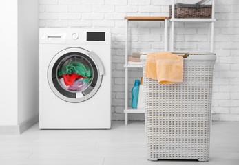 Basket and washing machine with laundry indoors