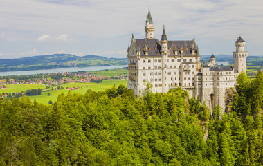 Foto auf Acrylglas Schloss Neuschwanstein Castle in Fussen, Bavaria, Germany. The famous tourist attraction in the Bavarian Alps.