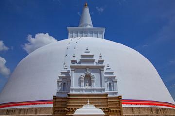 ルワンワリサーヤ仏塔