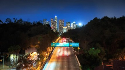Fototapete - Cinemagraph - Freeway road to downtown Los Angeles at night. 4K UHD Motion Photo