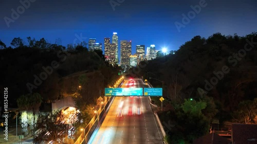 Fotobehang Cinemagraph - Freeway road to downtown Los Angeles at night. 4K UHD Motion Photo