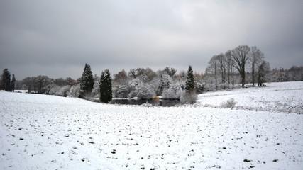 hiver sous la neige