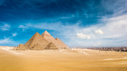 Fotobehang Egypte Panorama of the Great Pyramids of Giza, Egypt