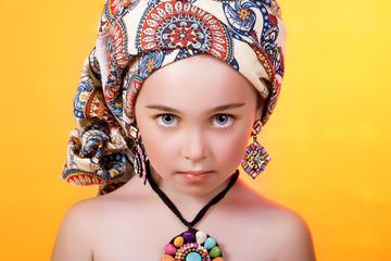 африканский портрет девочки, летний образ, макияж, мода