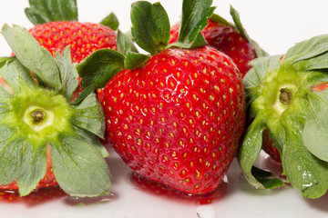 5 Strawberries Together