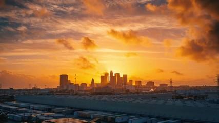 Klistermärke - Scenc colorful sunset to night over downtown Los Angeles skyline 4K timelapse