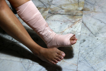 Left legs and feet be in plaster cast because splintered.