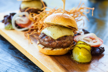 white cheddar beef sliders and shoestring potatoes