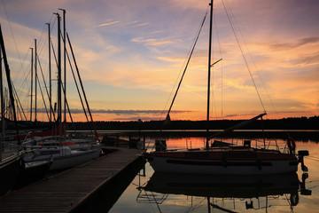 Fototapete - Mazury-świt nad jeziorem