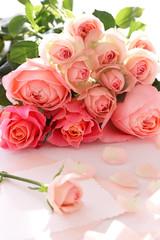 ピンクのバラ ブーケ カード