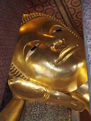 Reclining Buddha gold statue, Wat Pho, Bangkok, Thailand
