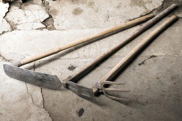 平鍬と山鍬と備中鍬
