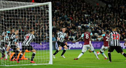 Premier League - West Ham United vs Newcastle United