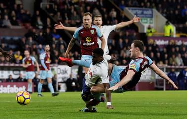 Premier League - Burnley vs Tottenham Hotspur