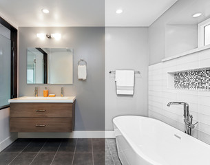 Architectural drawing of luxury bathroom - Illustration. Drawing from Split screen to Photograph