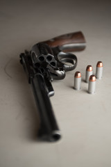 Revolver six shooter with Bullets