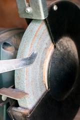 Machine for sharpening