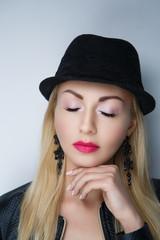 woman black hat