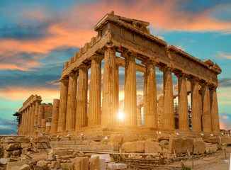 Stores photo Athenes parthenon athens greece sun beams and sunset colors