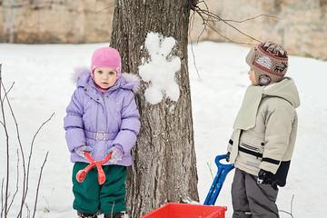 Snowman rabbit on the tree