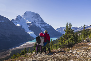 Hiking in the Mount Robson Provincial Park, UNESCO World Heritage Site, with a view of the Whitehorn Mountain, Canadian Rockies, British Columbia, Canada, North America