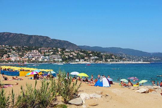 Le Lavandou - Beach - French Riviera