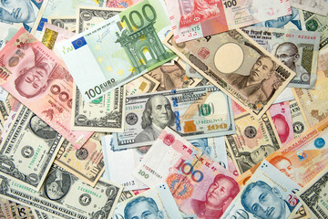 様々な海外の紙幣