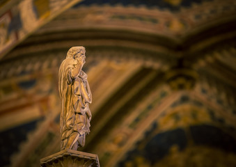 Photo sur Plexiglas Monument religious statue in church in italy