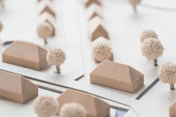 Stadt Dorf Planung Modell aus Holz und Karton