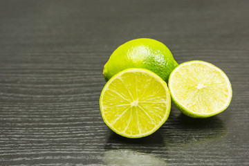 Cut and whole lime.