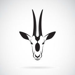 Vector of a Scimitar-horned Oryx head design on white background. Wild Animals. Vector illustration.