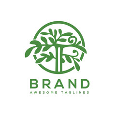green tree with leaves logo. herbal leaf circle, Ecology, natural, organic label or logo, tree Vector illustration isolated on white background, abstract Ayurveda  logo