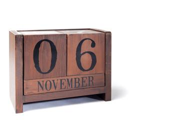 Wooden Perpetual Calendar set to November 6th