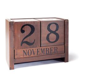 Wooden Perpetual Calendar set to November 28th