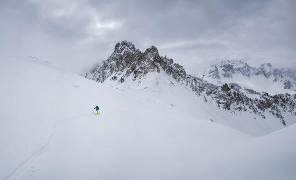 France, Hautes Alpes, Queyras Nature Park, Ceillac, Tete du Rissace, ski mountaineering