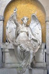 Grabstätte mit Engelsfigur