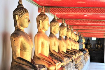 Golden Buddha statues, Wat Pho (Temple of the Reclining Buddha)