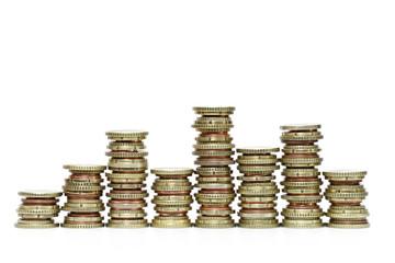 Verschiedene Geldstapel