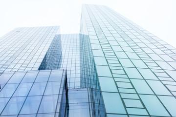 Glasfassade - modernes Bürogebäude in Frankfurt