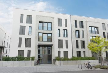 modernes Mehrfamilienhaus in Deutschland