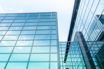 moderne Glasfassade - Industriebau