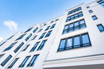 moderne Hausfassade - Eigentumswohnung