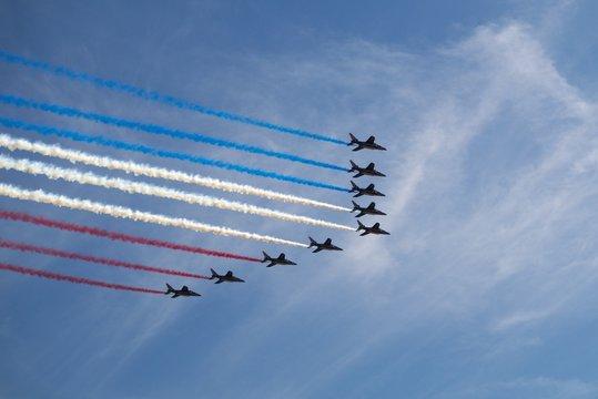 Patrouille de France en formatoion