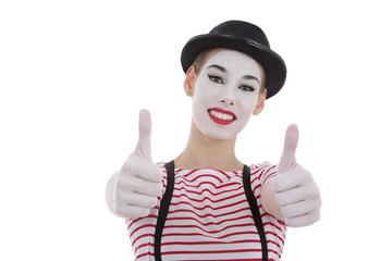 jeune fille mime maquillage blanc théâtre pouces levés