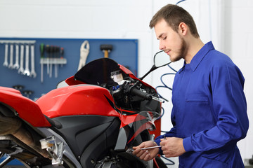 Mechanic working in a mechanical workshop