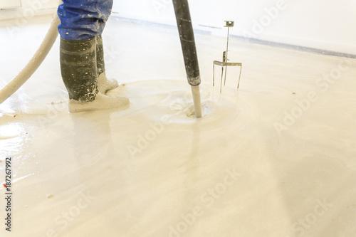 Dämmung Fußboden Estrich ~ Hausbau mit innenausbau einbau von dämmung fußbodenheizung und