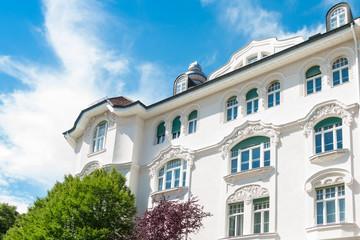 Stuckfassade eines Hauses in München - Altbau