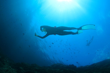 Freediver free diving