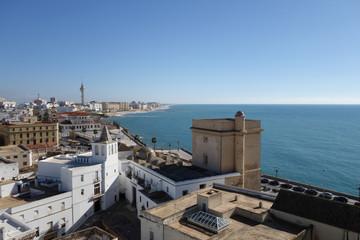 Вид на океан, туризм в Испанию, город Карис
