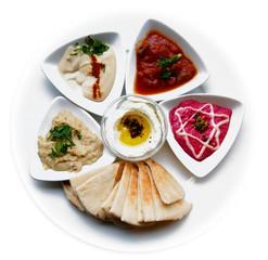 Dip Platte mit Pita, diverse Spezialitäten aus dem Nahen Osten